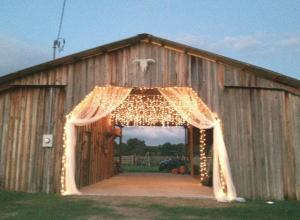Wishing Well Barn Plant City Fl Rustic Wedding Guide