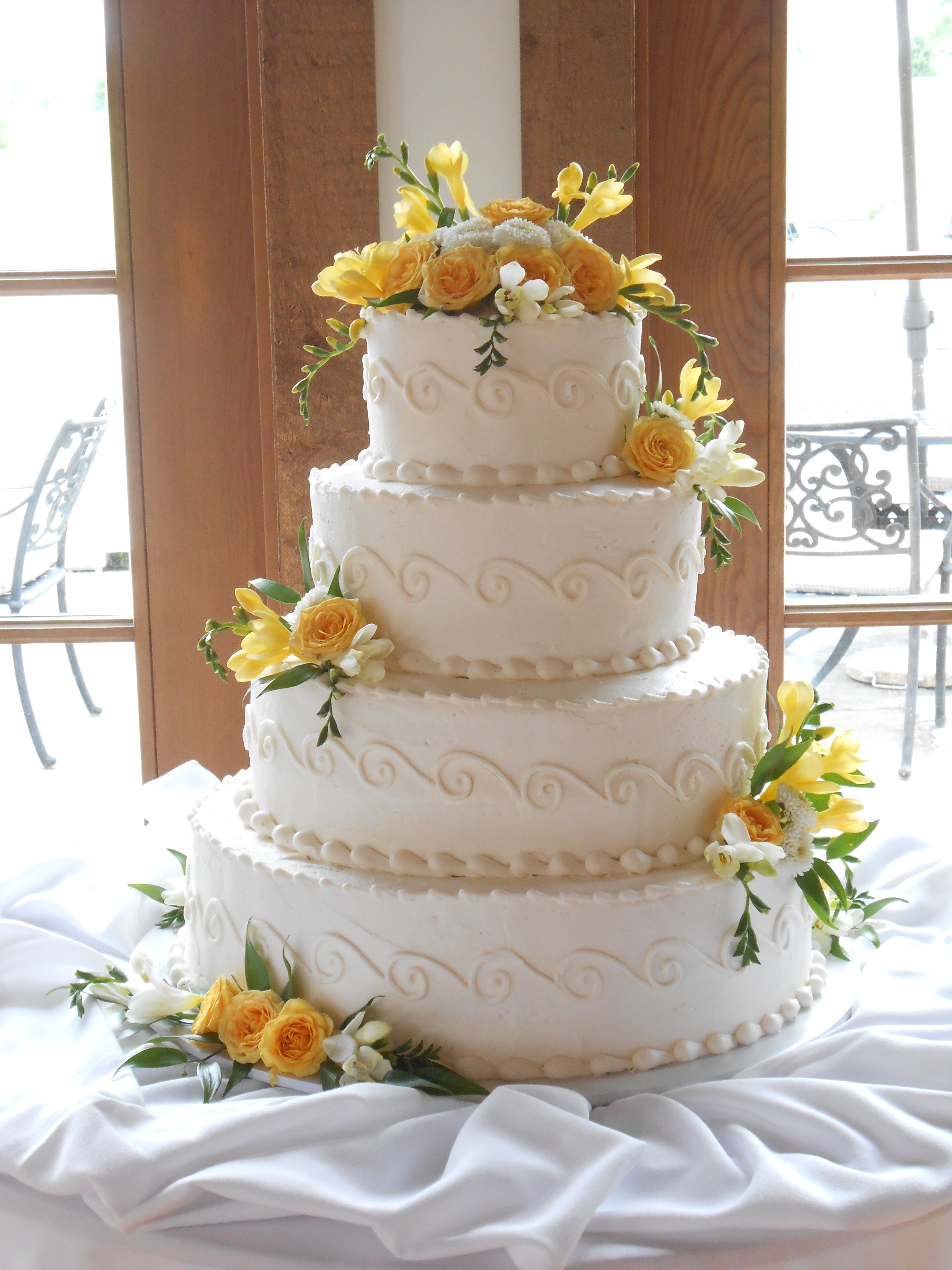 Dream cake by denise reading pa rustic wedding guide for Wedding dresses reading pa