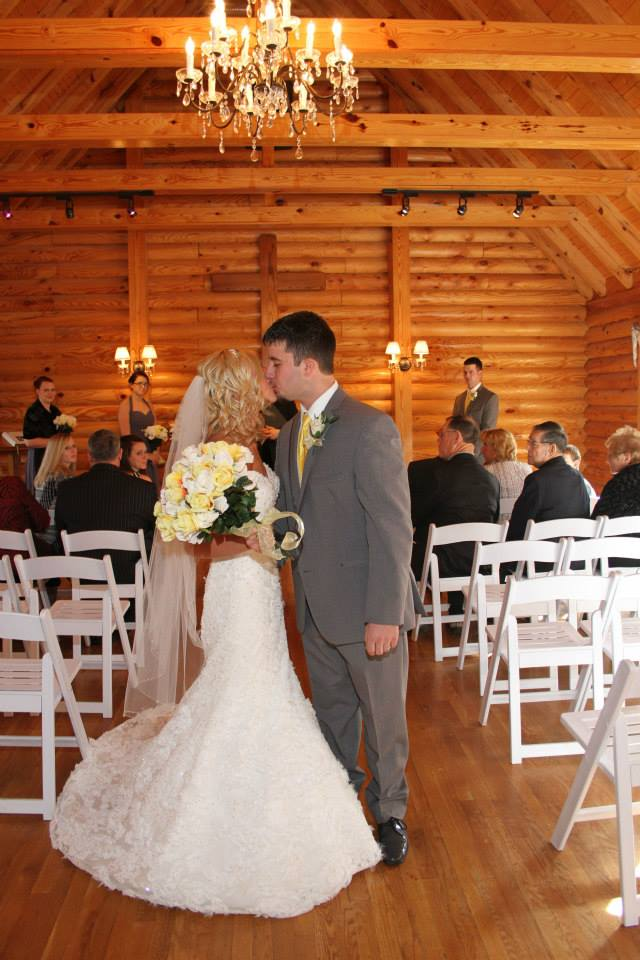 Hocking Hills Wedding Chapel Sugar Grove Ohio Rustic