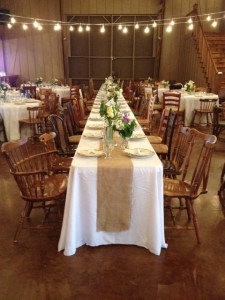 Bntage rentals blue grass ia rustic wedding guide bntage rentals junglespirit Image collections