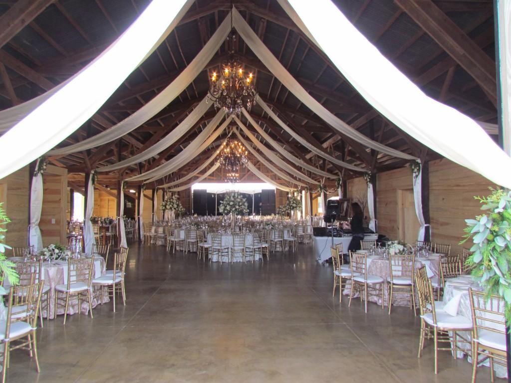 barn  hickory creek ranch crockett texas rustic wedding guide