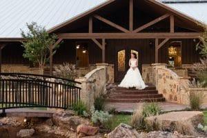 The Springs In Edmond Edmond Ok Rustic Wedding Guide
