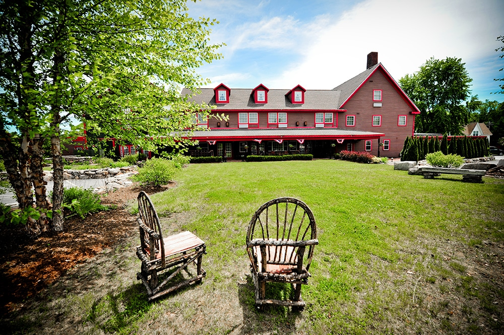 the common man inn spa plymouth nh rustic wedding guide. Black Bedroom Furniture Sets. Home Design Ideas