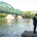 Love-couple-on-dock