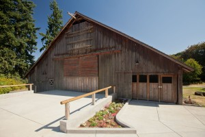 Stein Boozier Barn Wilsonville Or Rustic Wedding Guide