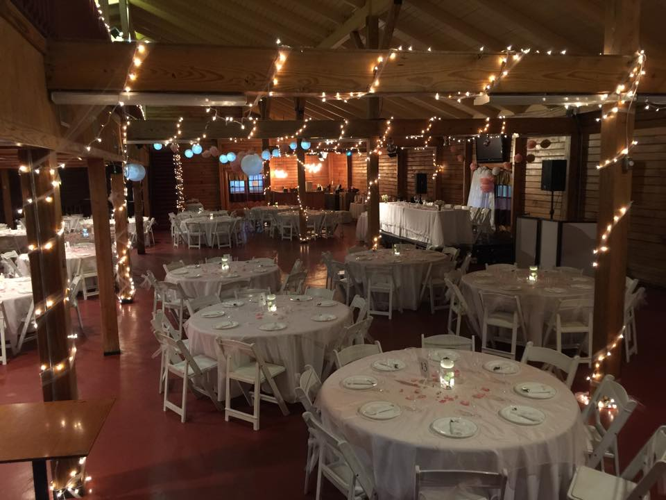 Um Catering Blake Hall Plant City Fl Rustic Wedding