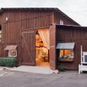 View More: http://erindezago.pass.us/elegant-barn-shoot