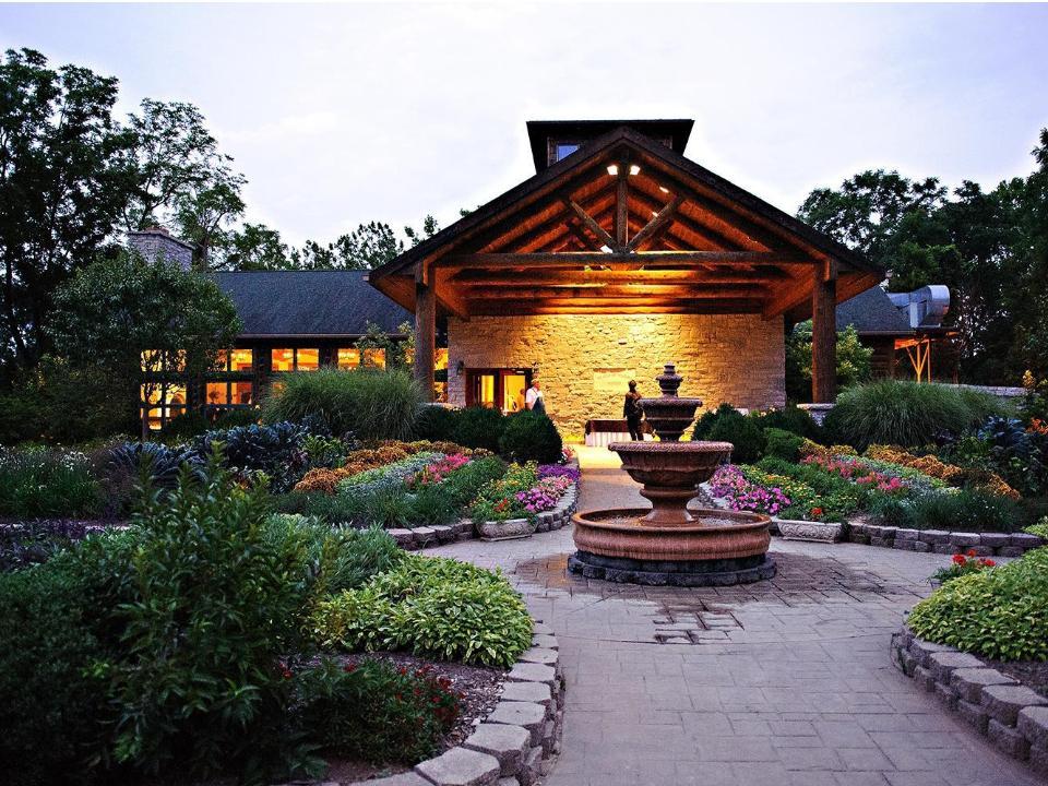 Chef Garden: Rustic Wedding Guide