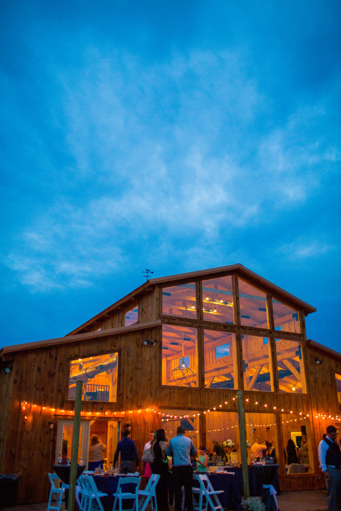 Faithbrooke Barn And Vineyards Luray Va Rustic Wedding