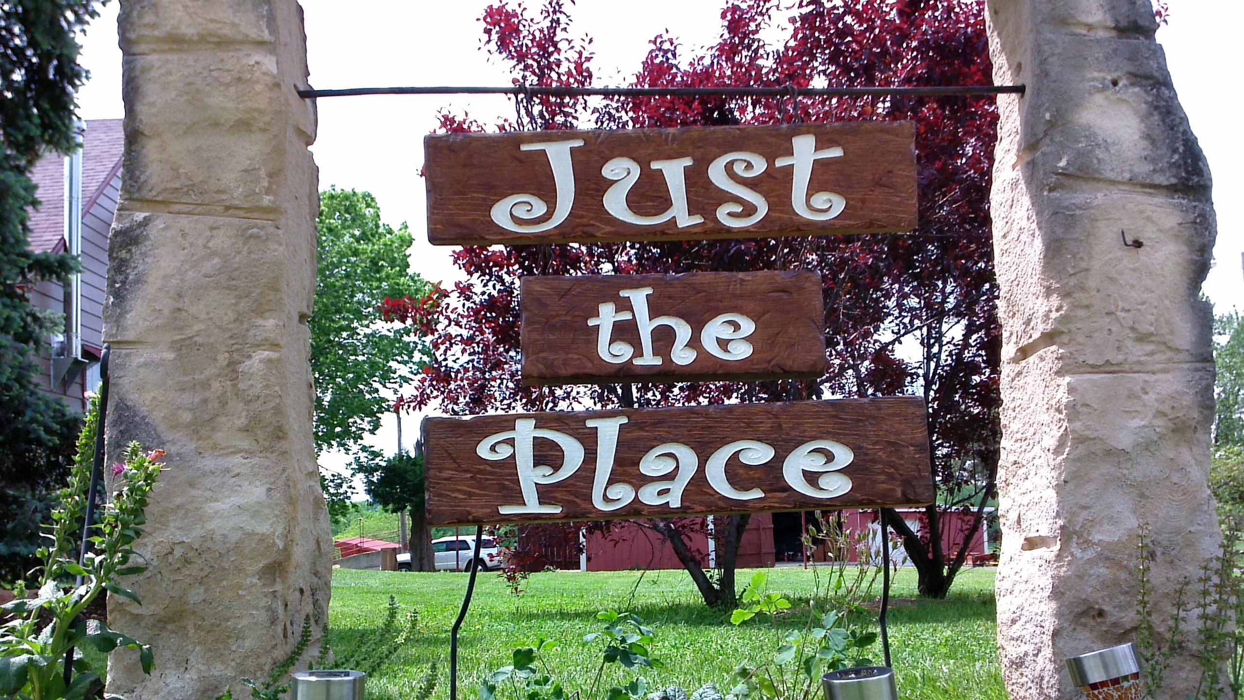 Just the Place, LLC - Ozawkie KS - Rustic Wedding Guide