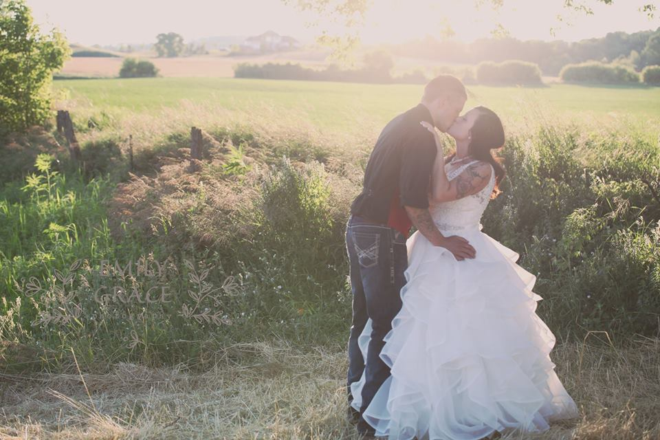 Orchard Valley Acres West Bend Wi Rustic Wedding Guide