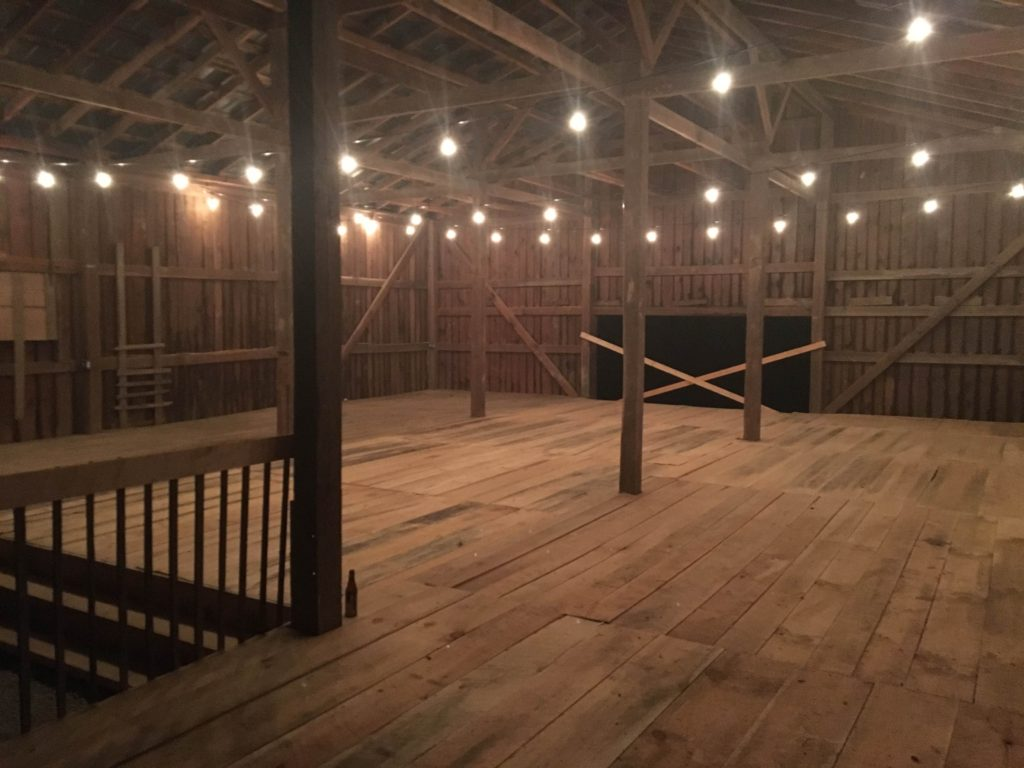 The Barn At The Gorge Slade Ky Rustic Wedding Guide
