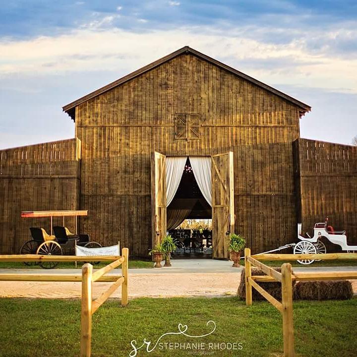 The Barn At Water Oaks